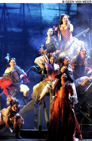 Theater_LesMiserables_main