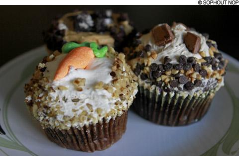 main_crumbs_cupcakes480