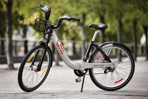 Bixi-bikes-2010-main