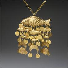 RISD_Cadette_necklace_fish_