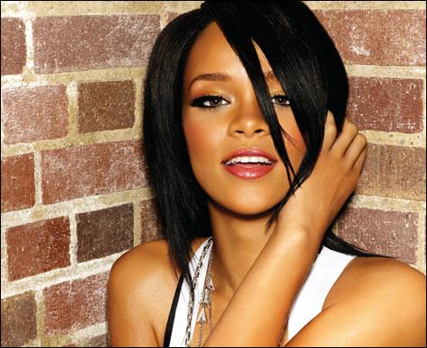 Rihanna2inside