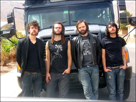 insideconstants-bus-2_000