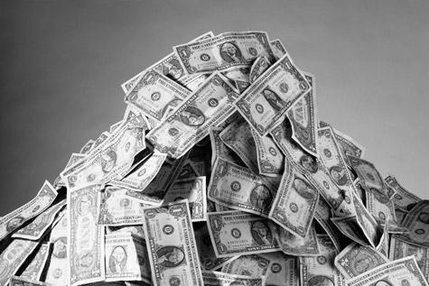 feat_Money010810_main