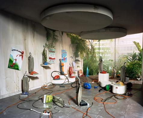 art_lorinix_Vacuum-Showroom